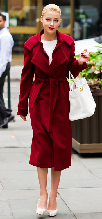 Heard in Syrup movie: red coat white shoes white leather bag